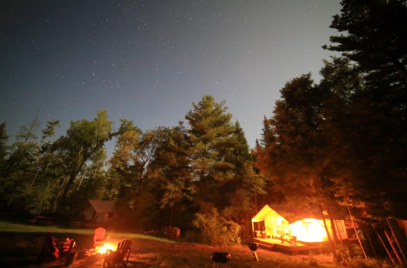fogueiras noturnas