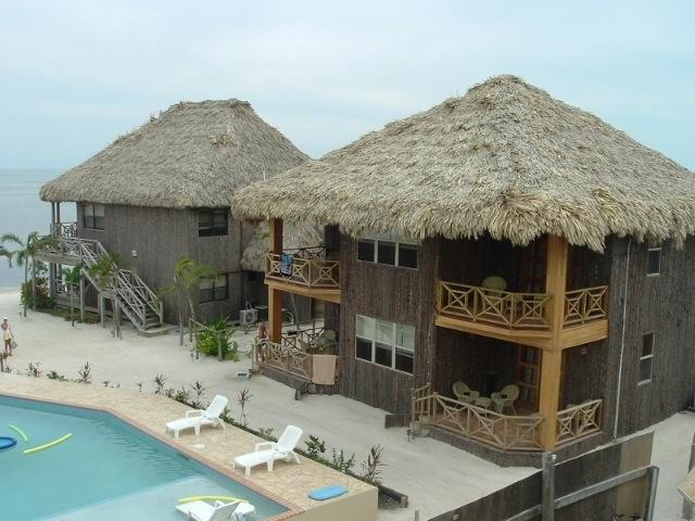 2 Bedroom Beachfront Villa at Captain Morgans, holiday rental in San Pedro