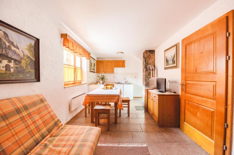 Pohorje Apartment 2 (6 persons), location de vacances à Smarje Pri Jelsah