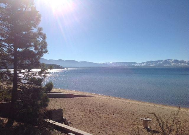 Tahoe, Lakeshore beach