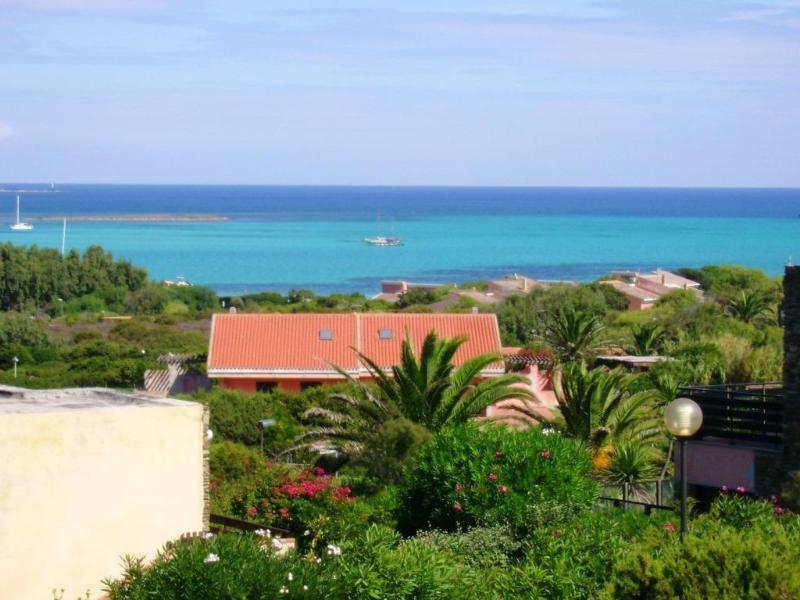 TRILO  MIRTO: elegante trilocale zona spiaggia la Pelosa, 5 persone, holiday rental in Stintino