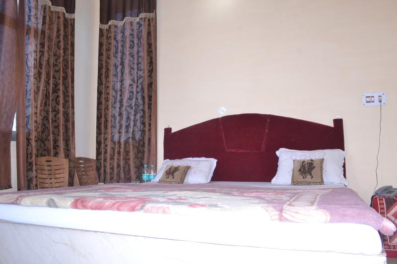 Hotel Sunset, holiday rental in Tikamgarh District