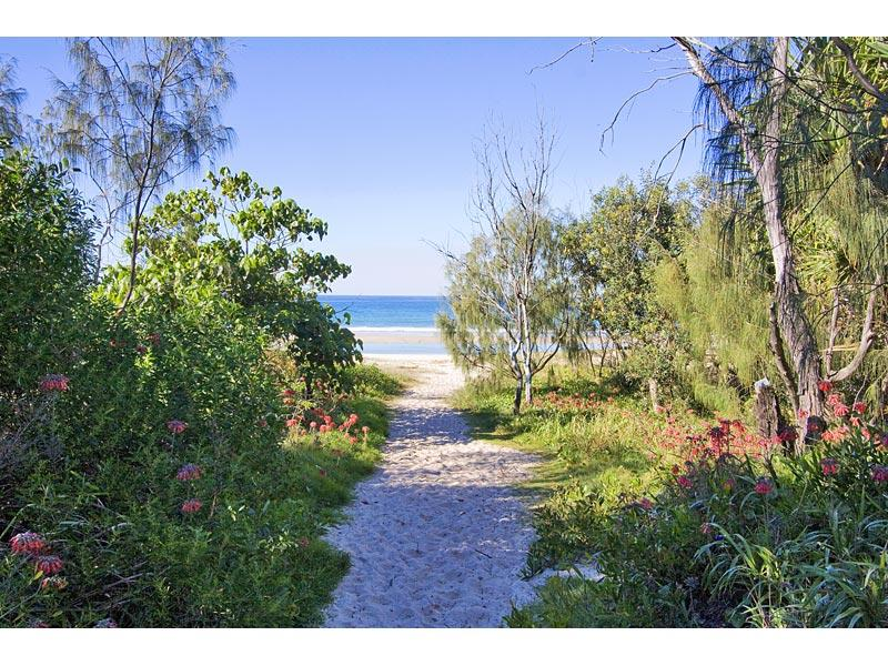 Path to beach in front