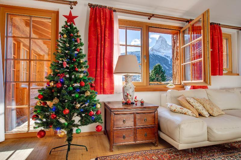 5*Chalet Ulysse 170m2 /8 Gäste/Cheminée und Sauna, vacation rental in Zermatt