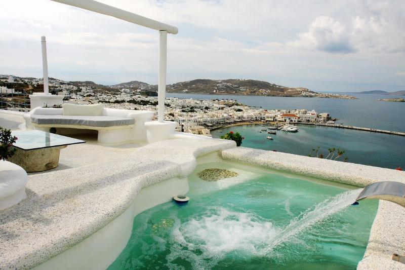 Villa Princess of Mykonos, aluguéis de temporada em Klouvas