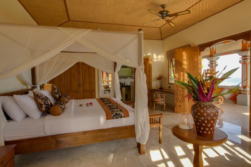 The Raja Singha Luxury Villas (4 Villas), holiday rental in Kalisada