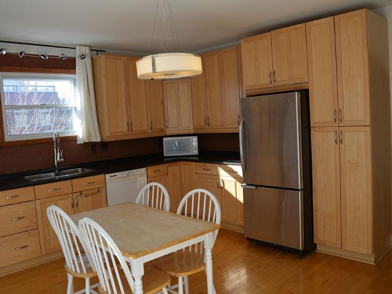4-bedroom Apartment In A Quiet Area, holiday rental in La Prairie