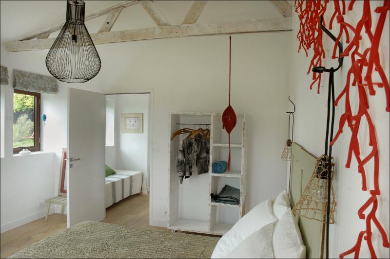 Très belle chambre  indépendante 15 mn de la mer, vacation rental in Quimperle