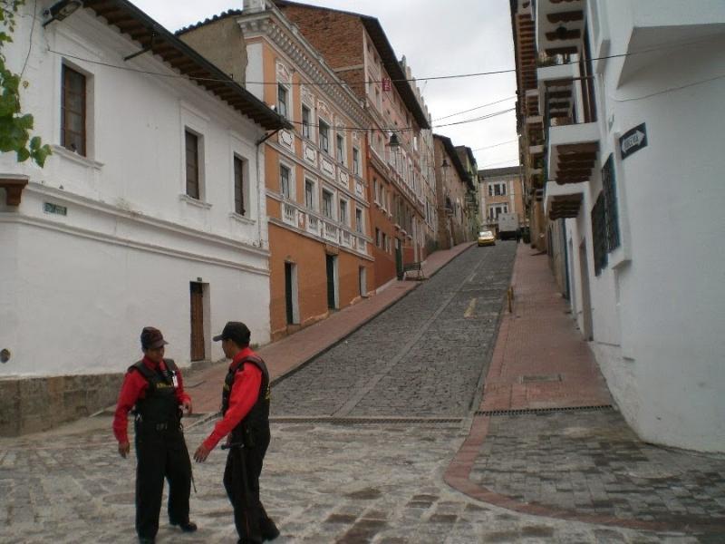 Calle J Paredes