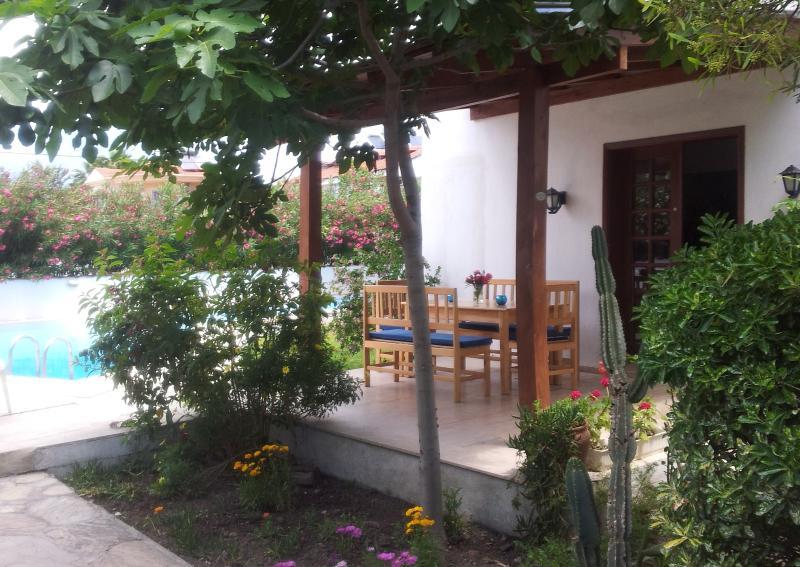 Villa Manzara Rudy,       Gratis Wifi !!!, holiday rental in Koycegiz