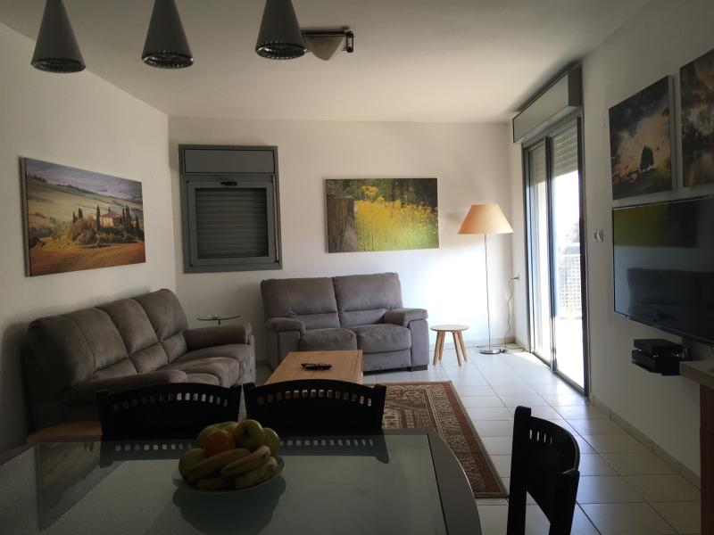 fully furnish hovavai zion, location de vacances à Jaffa