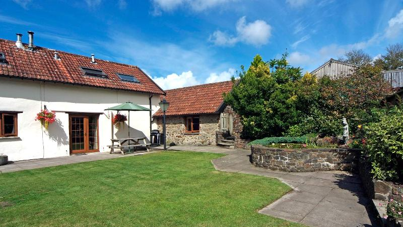 Barn Owl Cottage, Combrew Farm in beautiful North Devon, vacation rental in Barnstaple