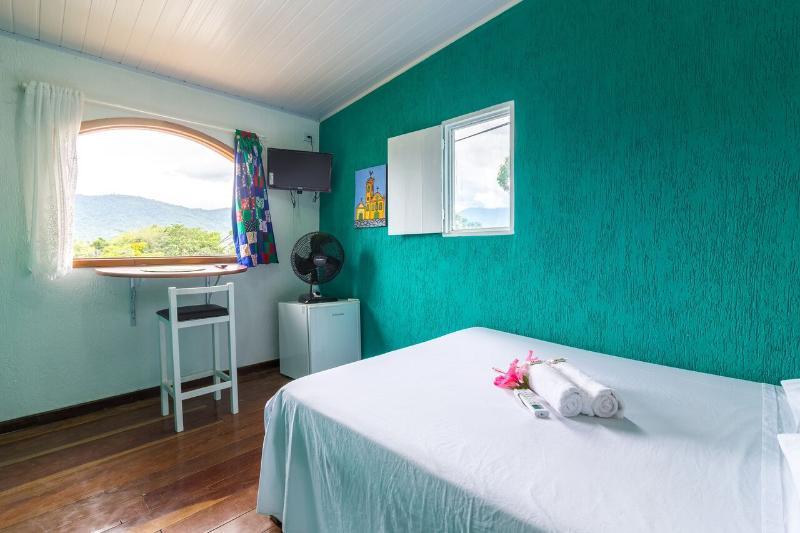 Privates Rooms 100mt to Bridge Historic center, aluguéis de temporada em Jabaquara