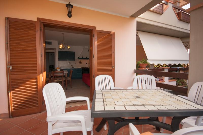 Terrasse et potager privé.