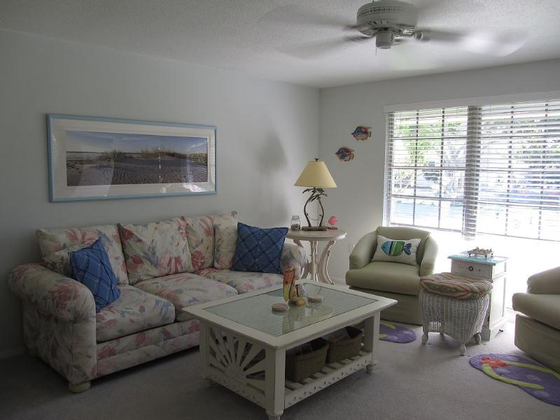 Piece of Paradise on Beautiful Anna Maria Island         VRC 20-000087, holiday rental in Holmes Beach