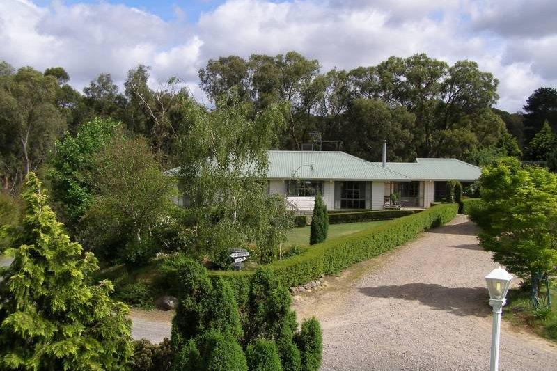 The White House, holiday rental in Tarrawarra