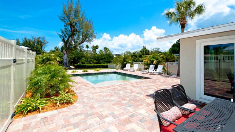Beautiful New Heated Pool!