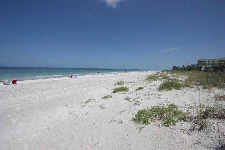 Happy Fiddler-2 habitaciones / 2 baños Master Suite Condominio frente al mar-Indian Rocks Beach, FL