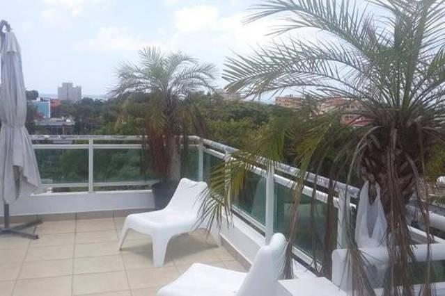 ROOFTOP PENTHOUSE -  EXCELLENT LOCATION - GAZCUE, vakantiewoning in Santo Domingo