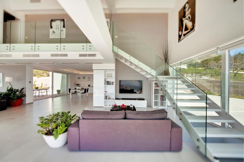 Villa Nausica, panorama e relax!, holiday rental in Ragusa