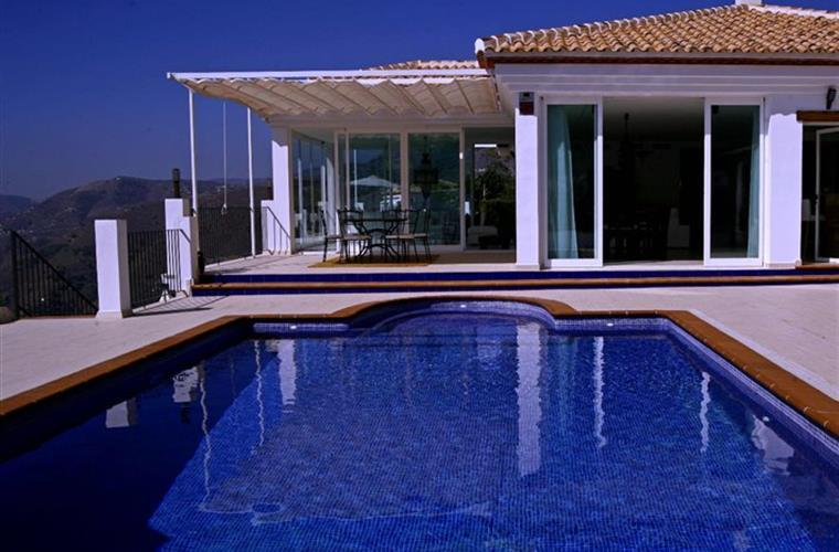 Pool 10x4 m is heated late spring and early autumn.