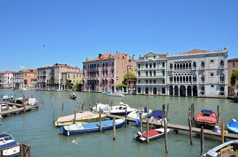 Alba D'Oro - Venice apartment with breathtaking Grand Canal view, alquiler vacacional en City of Venice