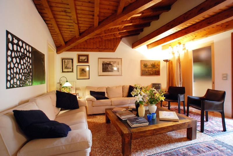 the stylish living room of the Biennale apartment in San Marco District, Venice