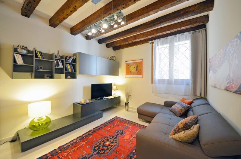 Cà Pesaro Suite - fully equipped, easily accessible, alquiler de vacaciones en Venecia