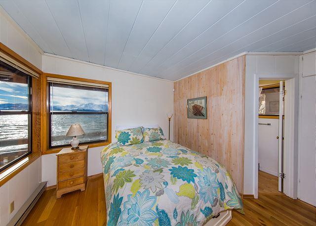 Tahoe, Lakeshore Bedroom 1
