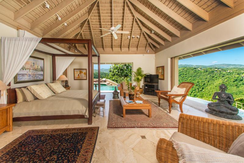 Silencioso quarto de villa de proprietários de Villa de águas
