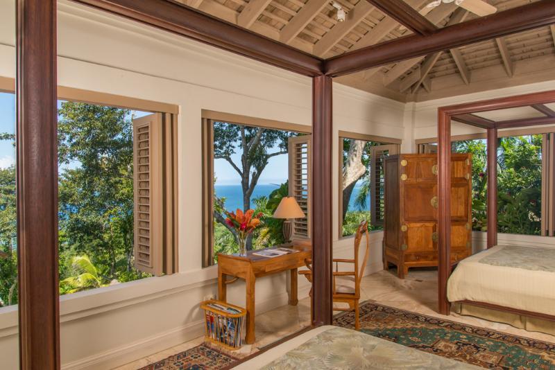 Em silêncio águas Villa suite 5 quarto com vista para o mar
