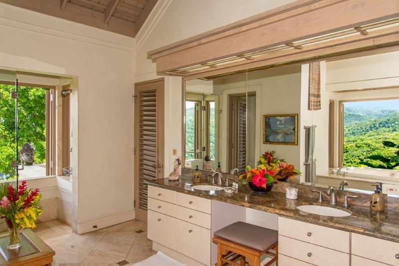 Silent Waters Villa guest suite 3 bagno e doccia