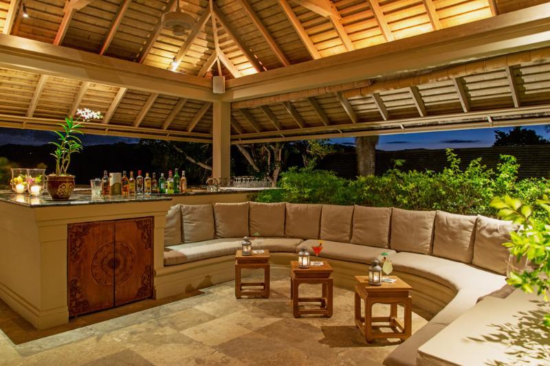 Lato della piscina Villa acque silenzioso bar zona soggiorno
