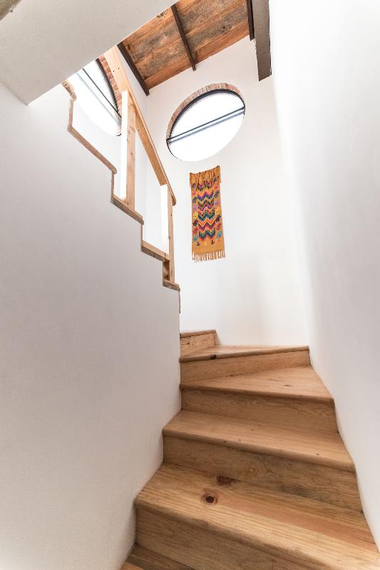 PINE WOOD STAIRS TO SECOND FLOOR