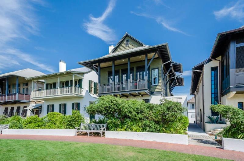 Hopetown on the Green - Sunburst Luxury Vacations