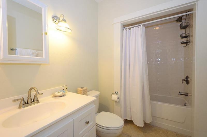 Ground Floor Hall Bath With Shower