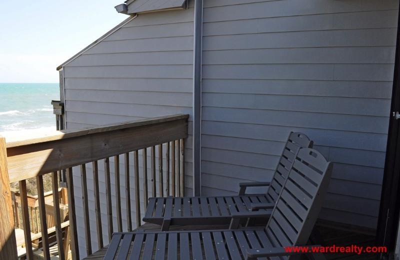 2nd Floor Oceanfront Sun Deck II