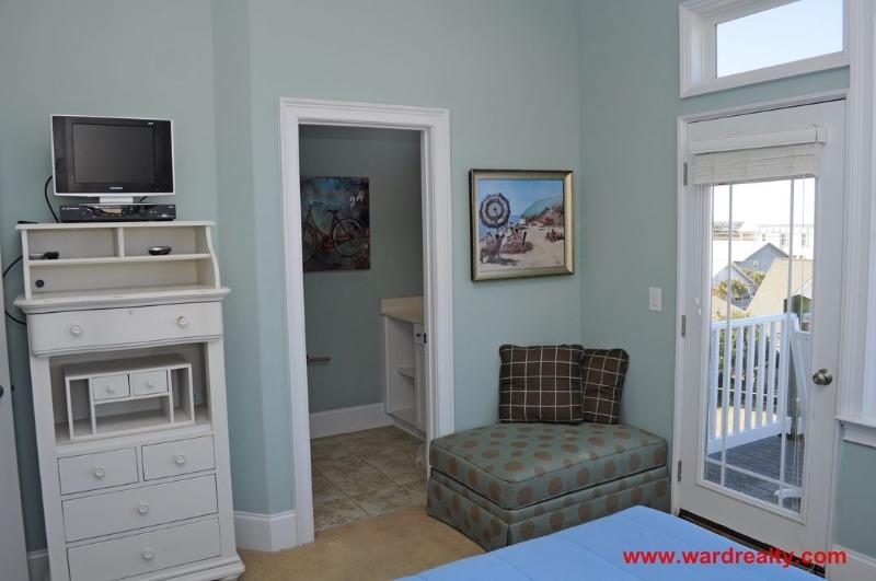 2nd Floor Streetside Bedroom II