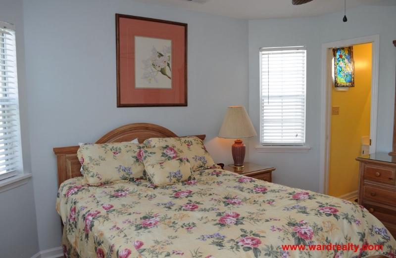 1st Floor Soundside Bedroom with Queen