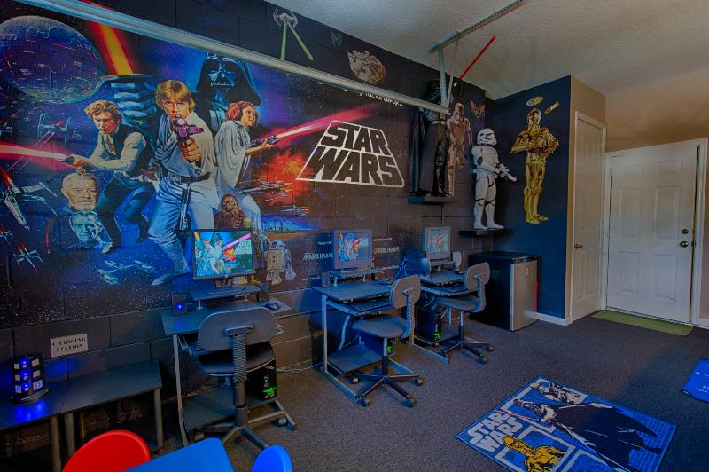 Star wars themed games room and cyber cafe