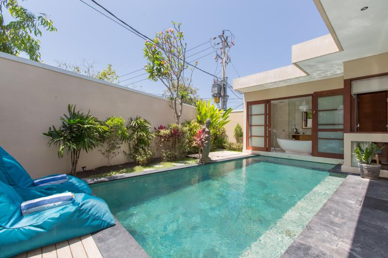 Legian Honey Moon Villa, holiday rental in Legian