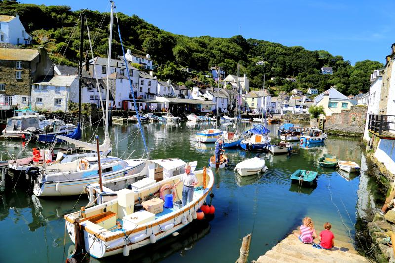 Photos of picturesque Polperro in Cornwall taken within 2-3 mins walk of Little Laney