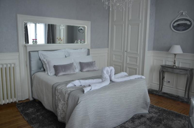 CHAMBRE ARGENTEE