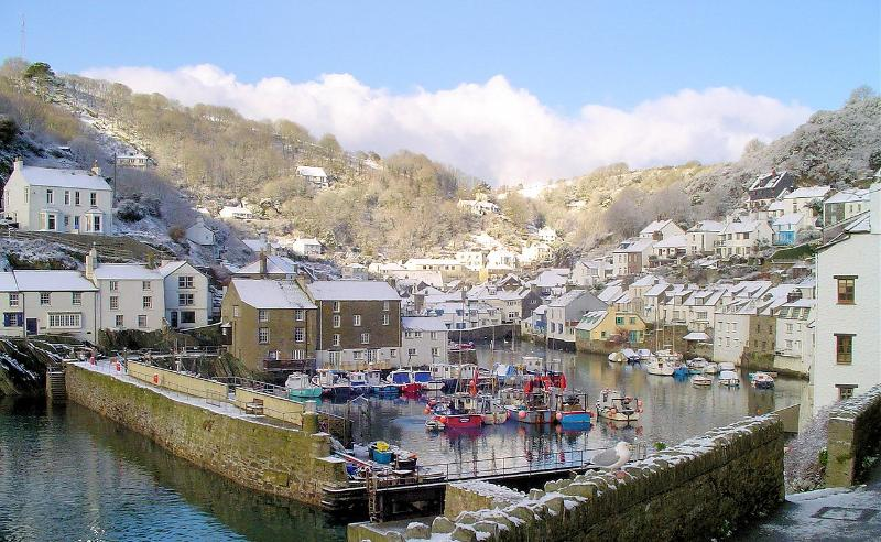 Photos of picturesque Polperro in Cornwall taken within 3-4 mins walk of The Moorings