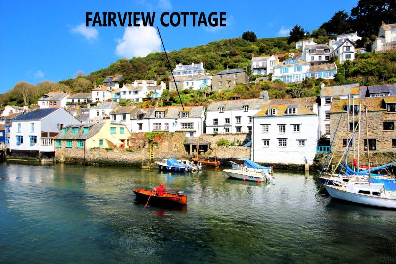 Fairview Cottage is located overlooking the historic, picturesque harbour of Polperro