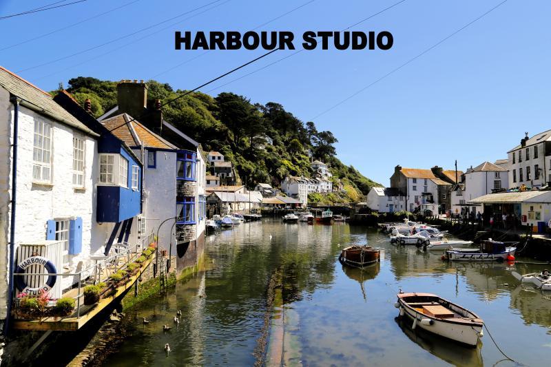 Harbour Studio is located overlooking the historic, picturesque harbour of Polperro