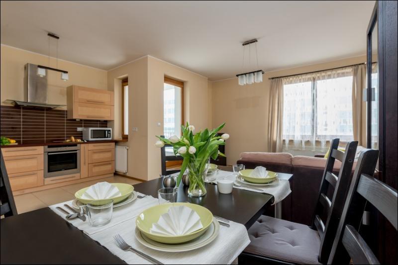 One Bed. Apartment OKĘCIE, casa vacanza a Piastow