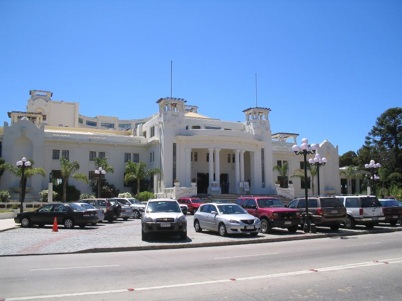 Vina del Mar Casino: 1 block away from the apartment
