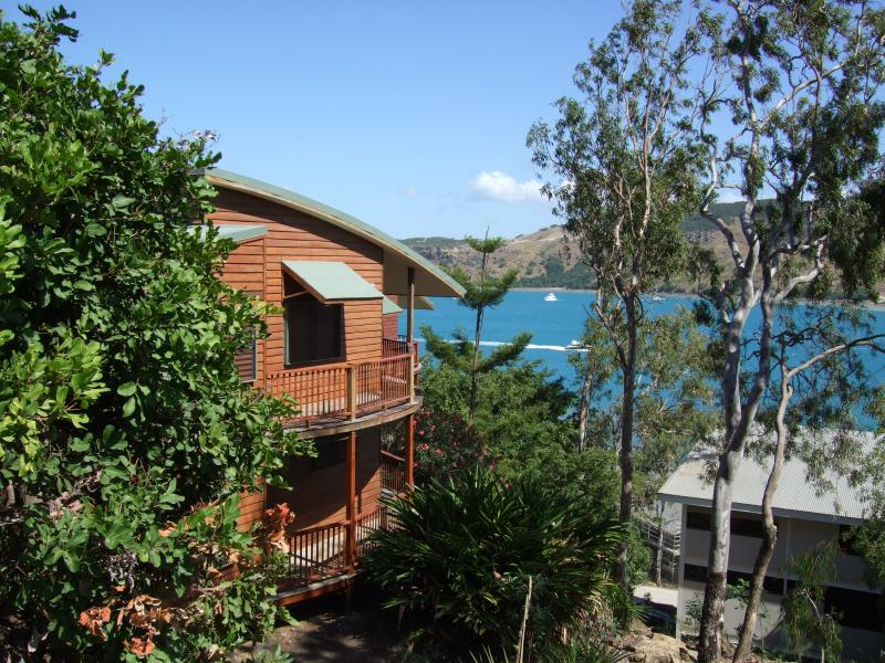 9 Casuarina Cove, vacation rental in Hamilton Island