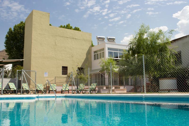Vivienda Rural Prado   ( casa 2 planta alta), holiday rental in Berja